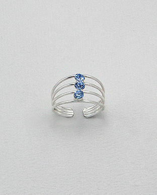 792-152 - Crafted by hand this sterling silver toe ring is decorated with crystal glass.